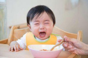 Cách khắc phục hiệu quả trẻ 2 tuổi biếng ăn
