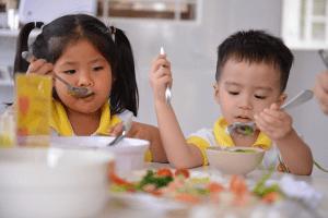 3+ Cách khắc phục trẻ 5 tuổi biếng ăn