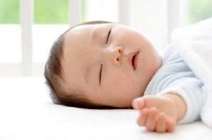 Hướng dẫn khắc phục bé 4 tháng ngủ không sâu giấc