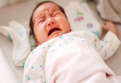 Trẻ 4 tháng bị TÁO BÓN và những điều phụ huynh cần biết