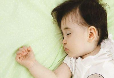 Đổ mồ hôi đầu ở trẻ từ 1 đến 9 tháng tuổi – Thông tin bố mẹ cần biết