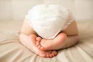 Trẻ từ 1 đến 6 tháng tuổi đi ngoài màu xanh và giải pháp xử lý hữu hiệu