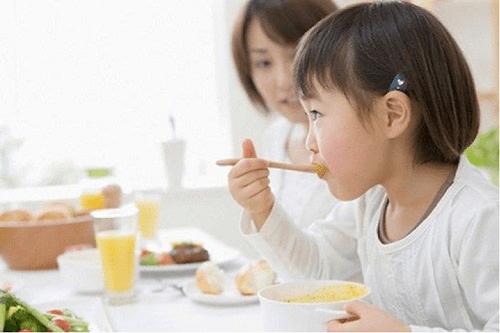 Sử dụng Cốm Olymdiges giúp trẻ ăn ngon, tiêu hóa tốt