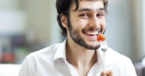Nam giới cũng nên quan tâm chế độ dinh dưỡng trước khi sinh